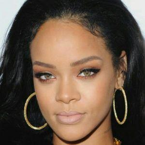 boutique  Jewelry - 🔴 Celebrity GP Diamond Cut Hoop Earrings