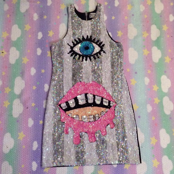 Dresses - DISCOUNT UNIVERSE EYE SEQUIN DRESS SZ L WORN ONCE