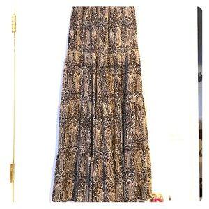 Tolani Dresses & Skirts - Tolani Skirt