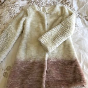 Willow & Clay Jackets & Blazers - Fake fur coat