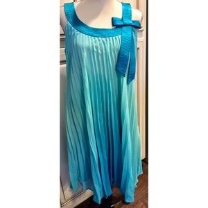 Robbie Bee Dresses & Skirts - Robbie Bee Turquoise Pleated Baby Doll Dress