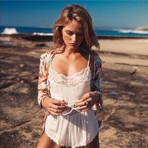 Spell & The Gypsy Collective Other - Arnhem Ellie Playsuit in White
