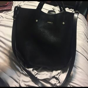 Furla Handbags - Furla black leather bucket bag