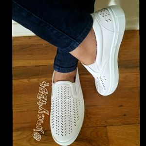 Shoes - 🆕WHITE PERFORATED SNEAKERS