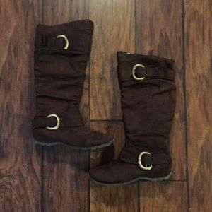 Wanted Shoes - Wanted Brown Boots with Gold Buckles Size 8