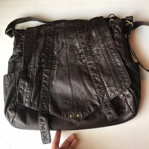 09dad661d6 Converse Handbags - 30 MiN SALe🎉 Converse bag!🎀