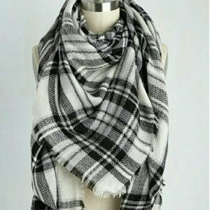 ModCloth Accessories - MODCLOTH Loch and Key Blanket Scarf. NEW