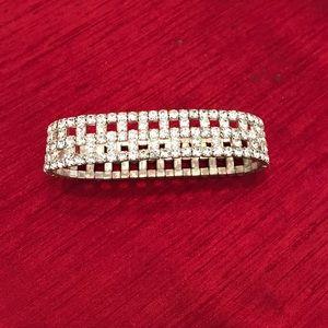 Jewelry - 🌸SALE🌸Rhinestone Stretch Bracelet
