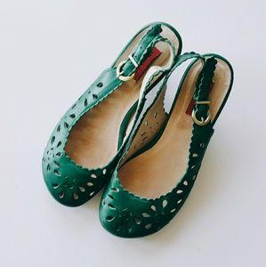 Miz Mooz Shoes - Miz Mooz Green Tania Cut Out Round Toe Slingbacks