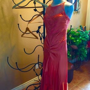Isis Dresses & Skirts - Coral formal dress! Most beautiful dress ever