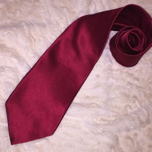 Perry Ellis Other - Solid red silk tie