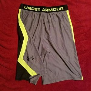 Under Armour Other - Under Armour Mens Basketball Shorts - Large