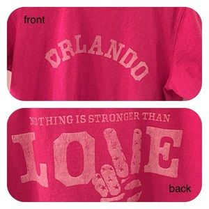"Life is Good Tops - Life is Good limited edition ""Orlando"" t shirt"