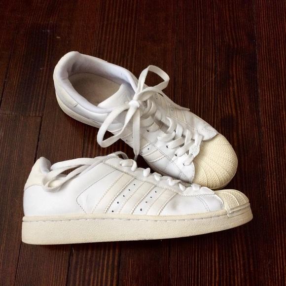 le adidas superstar tutte scarpe bianche misura 8 85 poshmark