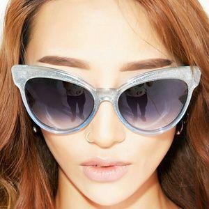 Wildfox Accessories - NEW!! Wildfox Grand Dame Sunglasses