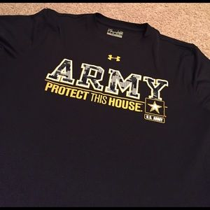 Under Armour Tops - NWOT ARMY Under Armour Short Sleeve T-Shirt!