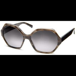 """Warby Parker Accessories - 🎀WARBY PARKER """"mabel"""" grey tortoise sunglasses🎀"""
