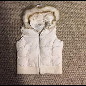 Aeropostale White vest
