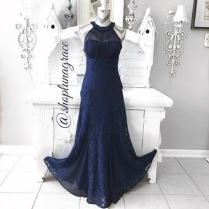 Nightway Dresses & Skirts - 🦋HP🦋Navy Halter Dress
