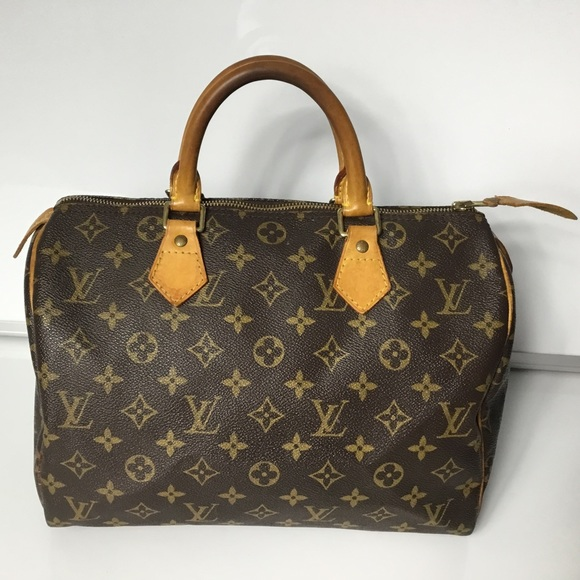 Louis Vuitton Handbags - 100%Authentic Louis Vuitton 1998 Speedy 30 Satchel ddd850678a37e