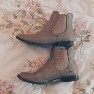 Shoes - Tan Chelsea Ankle Boots / Booties