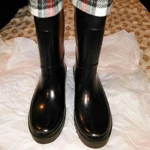 Merona rain boots size 8