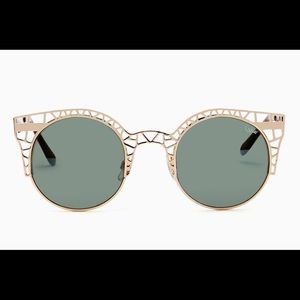 Quay Australia Accessories - Quay Fleur 7.2 Gold Sunglasses