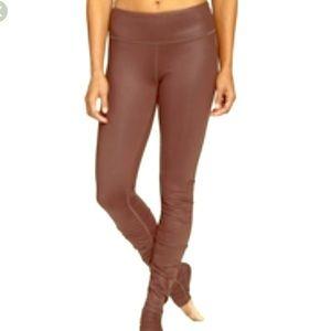 ALO Yoga Pants - ALO Idol legging 🖤mink