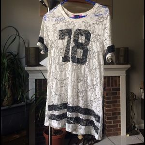 78 short sleeve lace football style top