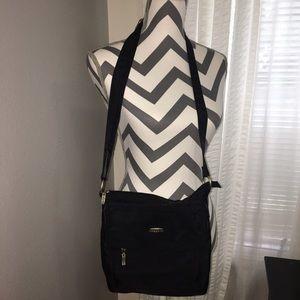 Baggallini Handbags - Baggallini Black Crossbody Bag