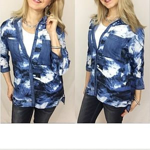 Tops - Button Down Shirt Blouse Small
