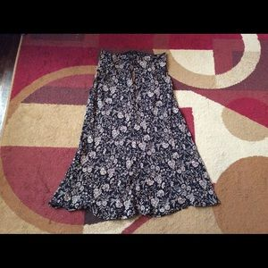 Dresses & Skirts - Women's skirt floral Designed Large