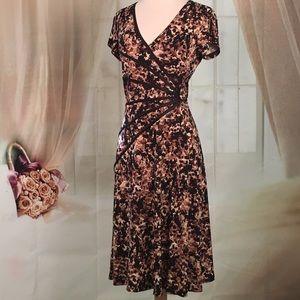 Dress Barn Dresses & Skirts - Dress Barn Brown Short Sleeved Dress