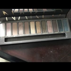 Naked Truth Other - Naked urban decay eye shadow palette