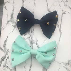 Accessories - Two Hair Bows