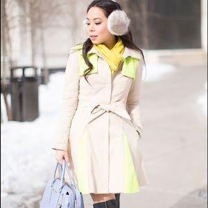 Bebe Contrast Trench Coat size XS (Neon Yellow)