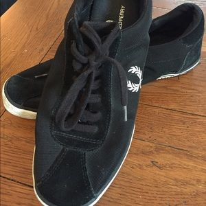 Fred Perry Other - Fred Perry size 8 men's