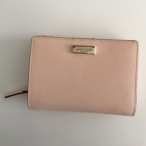kate spade Handbags - Brand new Kate spade wallet FLASH SALE!!!!!!!!!!