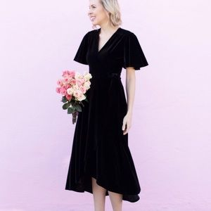 Dresses & Skirts - Velvet Wrap Short Sleeve Dress - Black