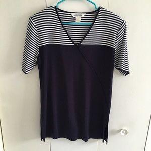 Misook Tops - Misook navy white knit short sleeve top,M