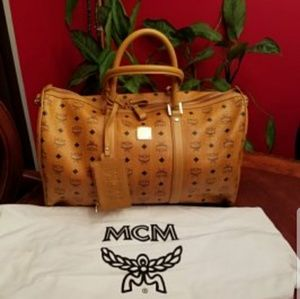 MCM Handbags - New leather MCM tote bag