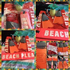 PINK Victoria's Secret Handbags - BNWT Pink Victoria'sSecret Beach Ready Bundle
