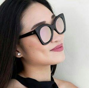 Le Specs Accessories - Mirrored Cat Eye Le Specs Sunglasses NWT
