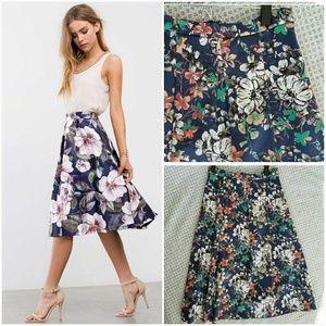 Monsoon Dresses & Skirts - NWOT Monsoon Midi skirt