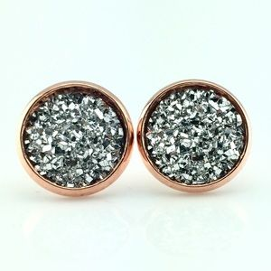 thejeweladdict Jewelry - 3 for 15🎀flat silver faux druzy rose gold studs