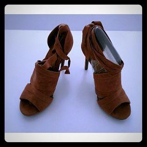 Anne Michelle Shoes - Anne Michelle Lace Up Heel - Size 8.5 - NIB