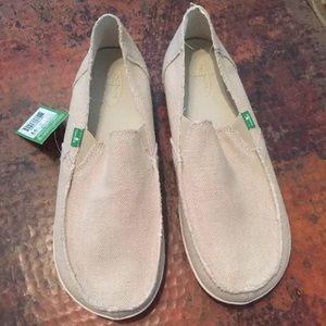 Sanuk Other - Men's Sanuk light brown sz 11 rounder hobo shoes