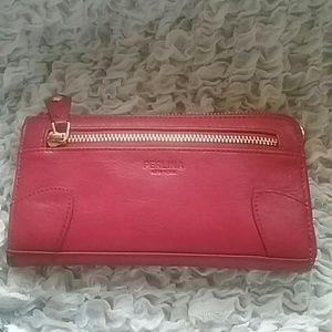 Perlina Handbags - Red leather Perlina wallet