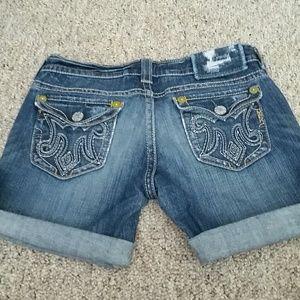 MEK Pants - 🆕 MEK Cut off Jean Shorts