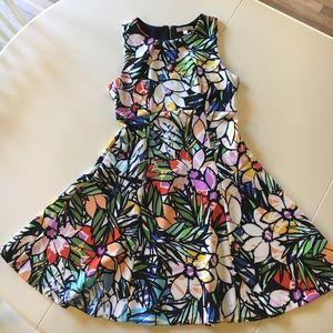 Spense Dresses & Skirts - SPENSE flower print dress, size 8
